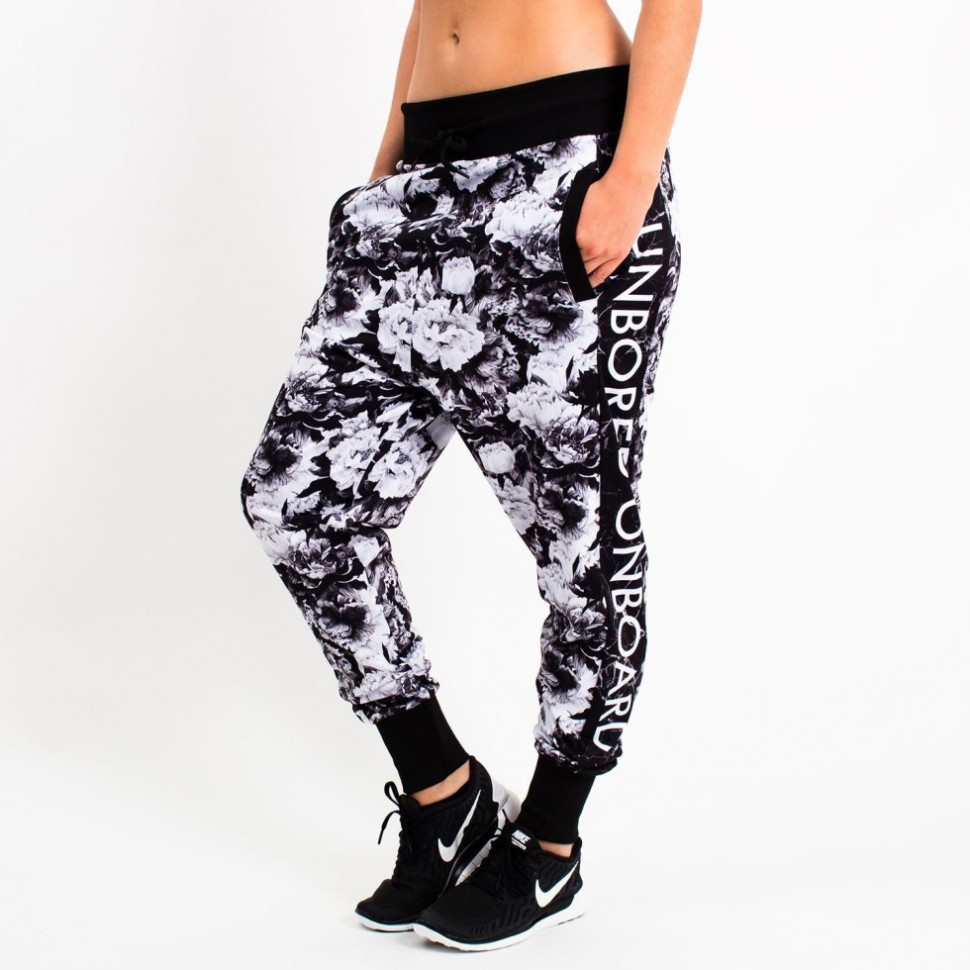 Pants-Harlem-Training-Black-Flower-980x980